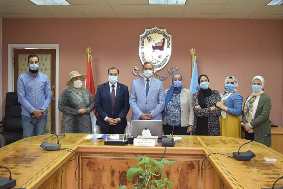 افتتاح المائدة المستديرة الثالثة التطوير المهني بجامعة سوهاج