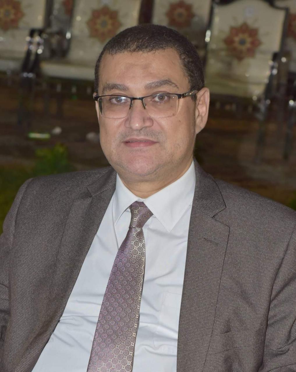 اسامة رشاد مشرفا على كلية الطب البشري بسوهاج